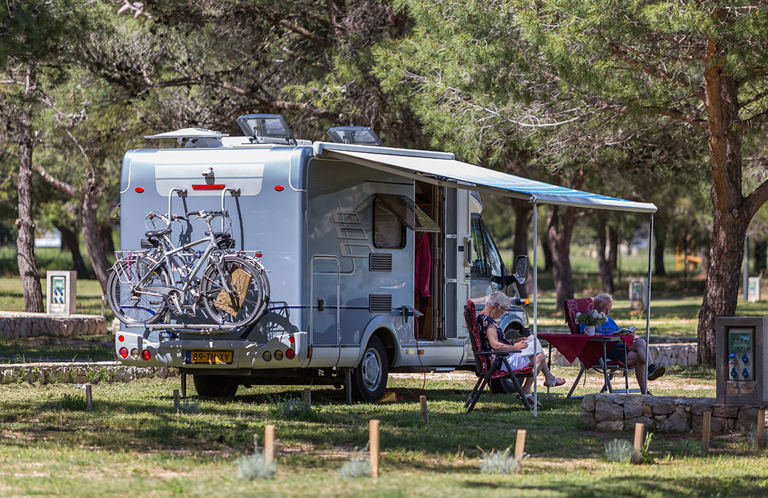 Camp Vransko jezero Crkvine Pakostane Biograd Dalmatia - camping Pakoštane